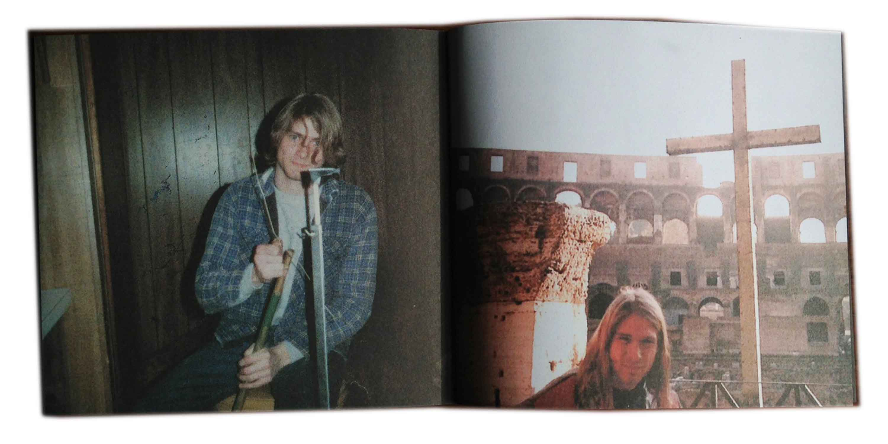 Bleach CD Book Detail Kurt Cobain photos